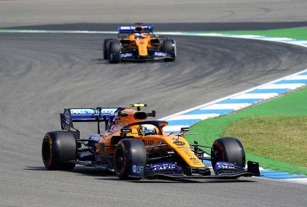 Ajaako McLaren pian taas Mersun moottoreilla? Huhujen mukaan kyllä.