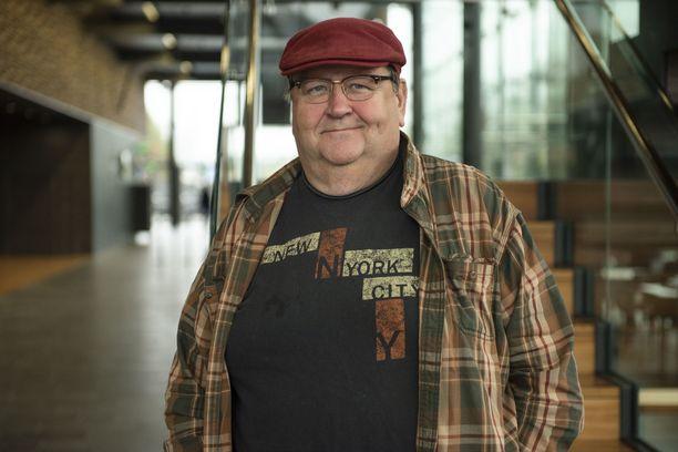 Mikko Kivinen on pitkäikäistä sukua.