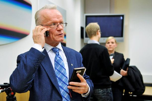 Vaalirahoitustoimikunnan puheenjohtajana aikanaan toiminut Lauri Tarasti pitää vaalirahoitusilmoituksia keskimäärin varsin luotettavina.