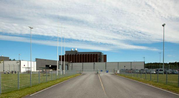 Käräjäoikeus passitti tuomitun Turun vankilaan suorittamaan viiden vuoden vankeusrangaistustaan.