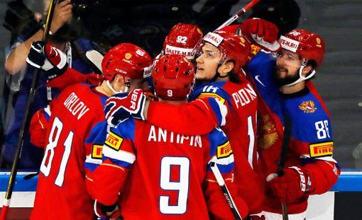 Venäjä eteni vakuuttavasti MM-välieriin.