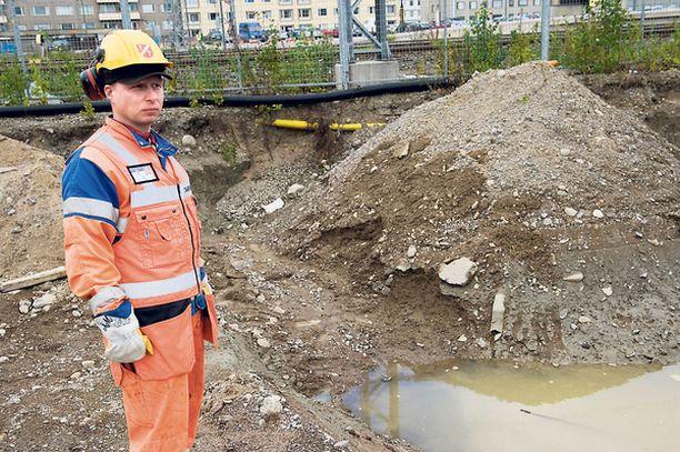 SOKKI Kunnallistekniikan työntekijä Mika Moisio löysi miehen ruumiin työmaaltaan 10. syyskuuta.