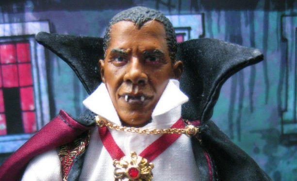 Presidentti Barack Obamann kasvonpiirteet on jäljitelty nukkeen taidokkaasti. Vain ilme on hieman tuima.