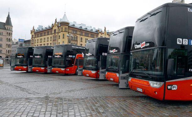 Halpabussiyhtiö OnniBus on ostanut Åbus-kaukobussibrändin.