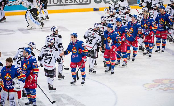 TPS:n ja Jokerien ottelut lukeutuivat SM-liigan todellisiin klassikoihin. Kuva joukkueiden viimeisestä liigakohtaamisesta 26. helmikuuta 2014.