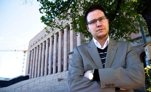 Olli Immonen on Suomen Sisun puheenjohtaja.