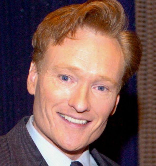 RÄÄVÄSUU SYRJÄÄN? Conan O'Brienin katsojaluvut romahtivat.