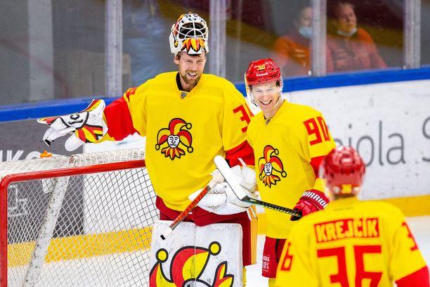 Jokereiden oli määrä lentää torstaina Minskiin pelaamaan. Viime hetkellä pelimatka peruuntui, mutta kohu oli jo ehtinyt paisua.