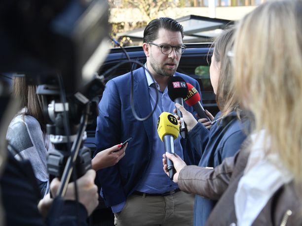 Jimmie Åkessonin johdolla ruotsidemokraatit kasvoi vaaleissa 4,7 prosenttiyksiköllä.