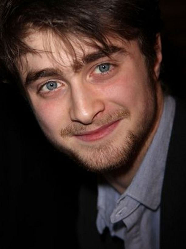Daniel Radcliffe iski kuvauksista itseään vanhemman naisen.