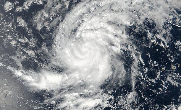 Satelliittikuvassa näkyy hurrikaani Irman keskus Atlantilla.