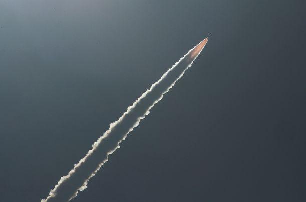 Intia on neljäs maa, joka on onnistunut pudottamaan satelliitin ohjuksella.