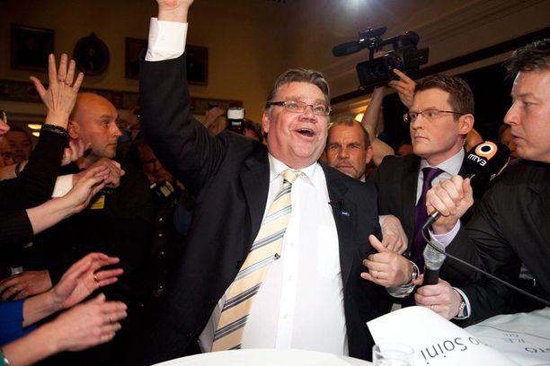 Timo Soini tuuletti jytkyä neljä vuotta sitten.