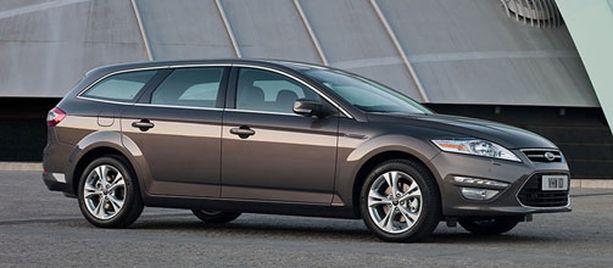 EHKÄ NOUSUSSA Ruskeat, maanläheiset värit saattavat olla tulevaisuuden suosikkeja. Tällä hetkellä Suomessa myydään suhteellisesti Euroopan eniten ruskeita autoja.