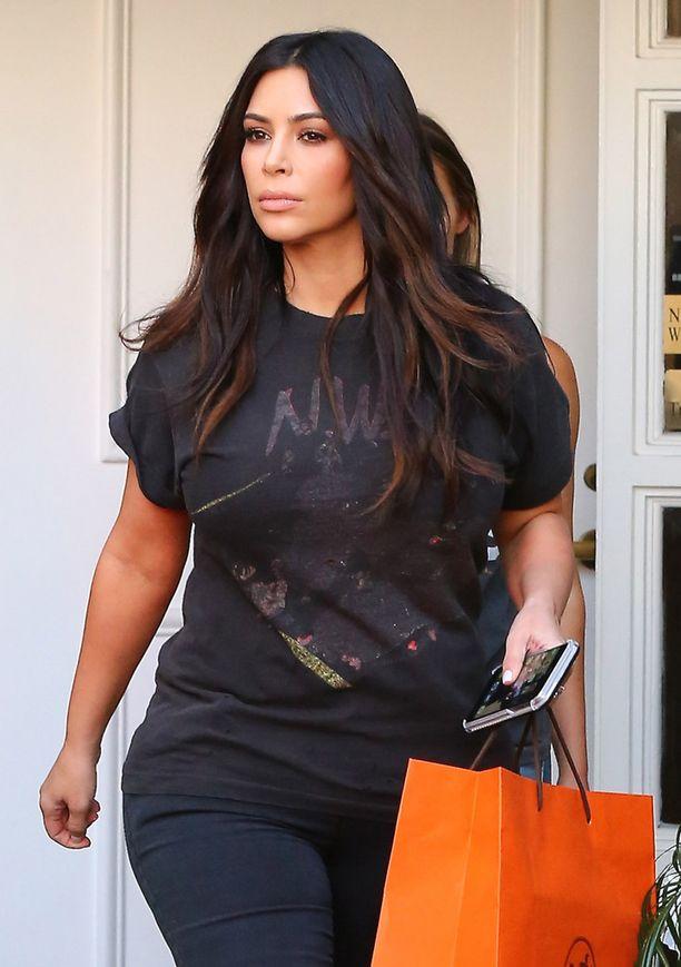 Toisen lapsensa Saintin joulukuussa saanut Kim Kardashian paljasteli hiljattain Instagramissa.