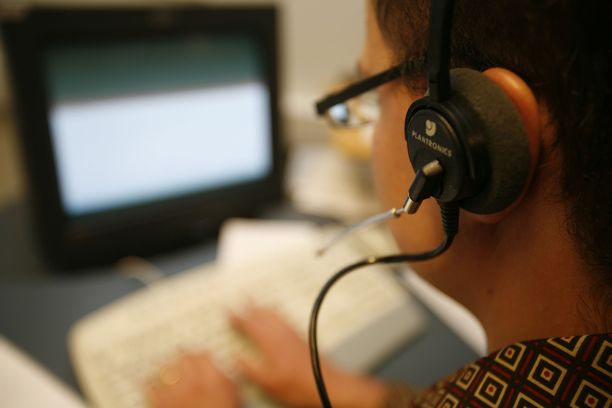 Puhelinmyyntitilanteessa kuluttajalta edellytetään nopeita ratkaisuja.