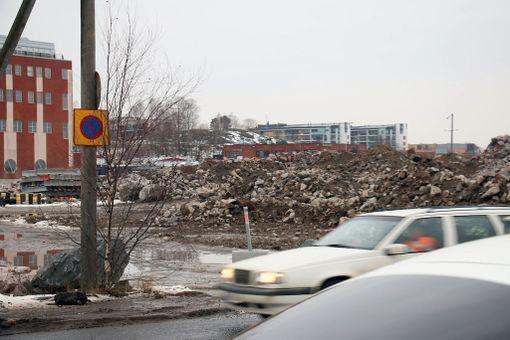Aluepysäköintikielto koskee myös kaupungin omistamia rakentamattomattomia tontteja, joutomaita ja puistoja.