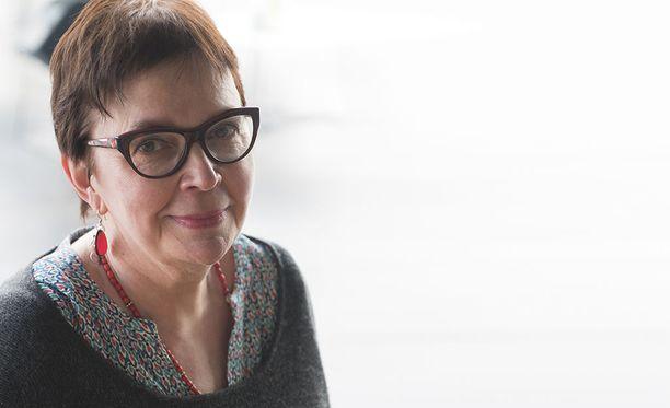 Kati Tervo on puolisonsa tavoin tunnettu suomalainen kirjailija.