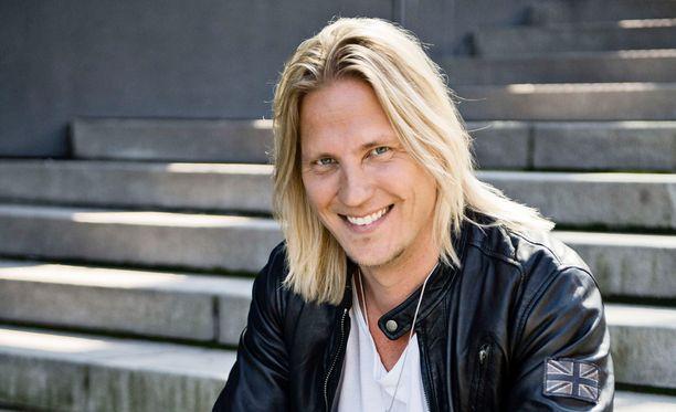 Sami Kuronen joutui Temptation Island Suomessa myös isoveljen rooliin.