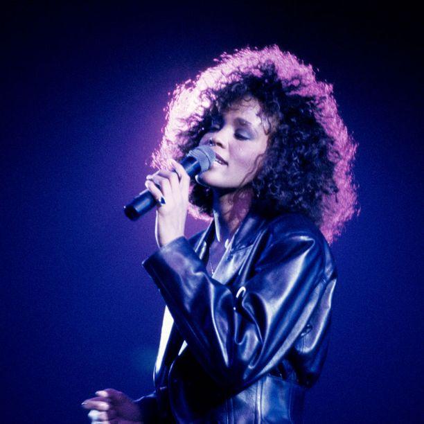 Whitney Houston vuosimallia 1988.