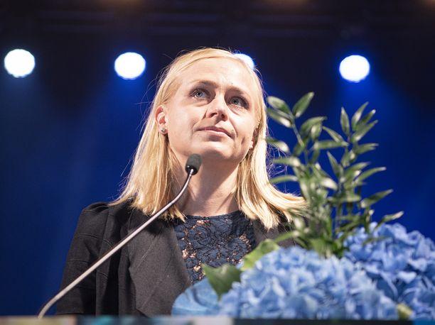 Kansanedustaja Elina Lepomäki kuvattuna syyskuussa 2020.