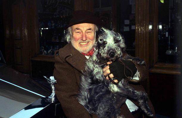 Maynard näytteli rakastettua Greengrassia Sydämen asialla -sarjassa.