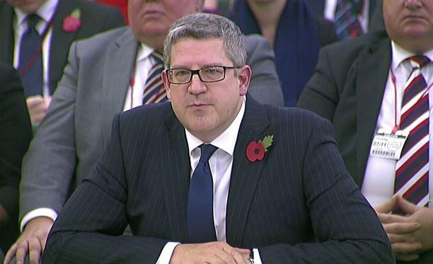 Ison-Britannian MI5-tiedustelupalvelun pääjohtaja Andew Parker varoitti maanantaina Venäjän aggressiivisista toimista länttä vastaan.