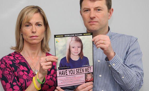 Madeleinen vanhemmat Kate McCann ja Gerry McCann toivovat yhä löytävänsä tyttärensä.