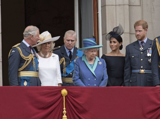 Prinssi Harry ja herttuatar Meghan odottavat esikoistaan. Pariskunnan häitä juhlittiin toukokuussa 2018.