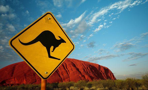 Tehtyään mittavaa tutkimusta, professori oli lopulta tullut siihen tulokseen, että Australia on sittenkin valtio.