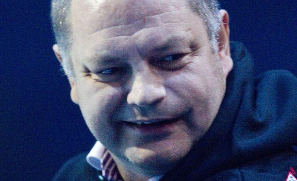 Esa Tikkanen on pelannut sekä HIFK:ssa että Jokereissa.