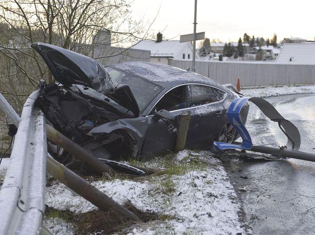 Northugin ja hänen ystävänsä matkanteko päättyi vain muutaman sadan metrin ajamisen jälkeen. Northugin Audi A7 oli onnettomuuden seurauksena täysin romuna.