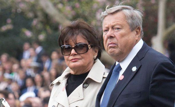 Slovenialaissyntyiset Amalija ja Viktor Knavs ovat nyt Yhdysvaltain kansalaisia.