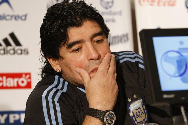 Diego Maradona toimi elämänsä aikana muun muassa Argentiina maajoukkueen päävalmentajana.
