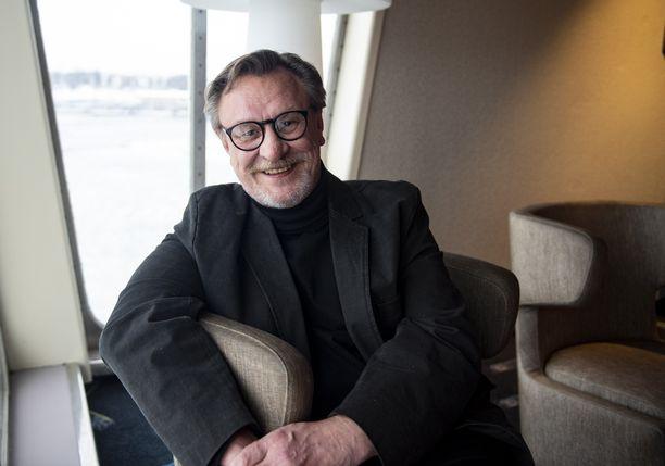 Esko Kovero on saanut 20 vuoden aikana näytellä Ismo Laitela -hahmon naisseikkailuja.