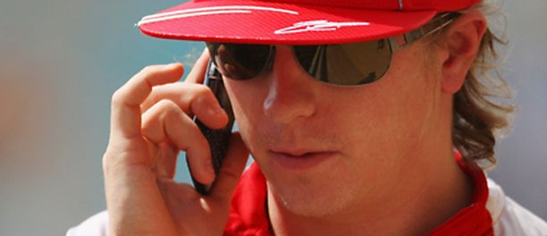Kimi Räikkösestä saattaa tulla Sebastien Loebin tallikaveri.