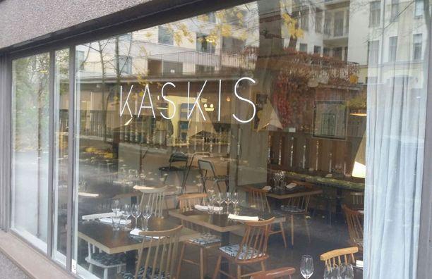 Toisinaan saattaa Kaskiksesta saada pöydän nopealla varoitusajalla, jos joku seurue peruuttaa varauksensa.