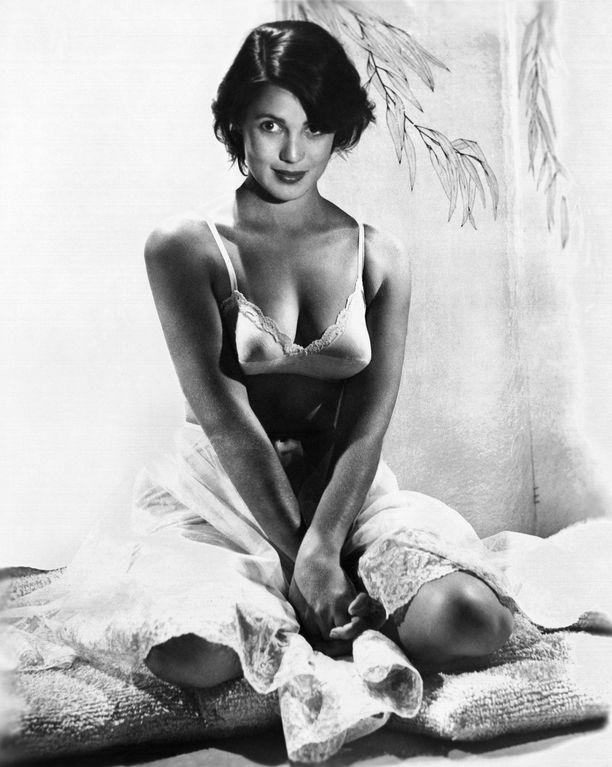Roberta Haynes halusi olla vakavastiotettava näyttelijätär, mutta sai tulisen meksikolaisen rooleja.