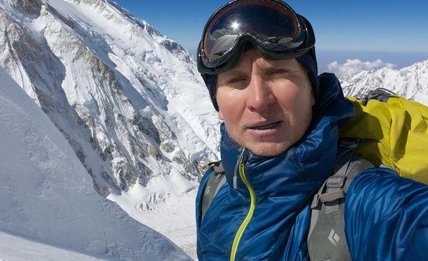 Samuli Mansikka kuoli laskeutuessaan huipulta alas.