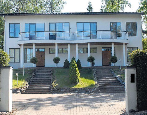 MUUTTO Karihtoloiden talo sijaitsee Helsingin Jollaksessa.