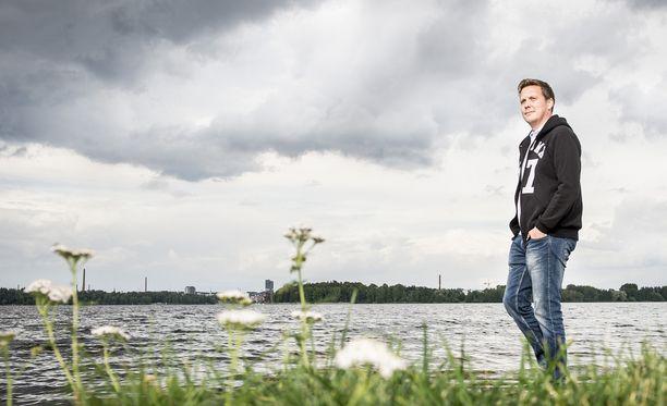 Lauri Marjamäki viihtyy kotikaupungissaan Tampereella, jonne palasi perheensä kanssa 14 vuoden jälkeen.