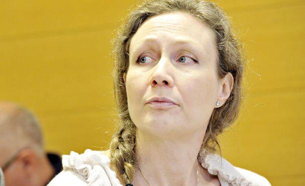 Oikeudessa käytiin taas läpi Anneli Auerin puhelinkeskustelua.
