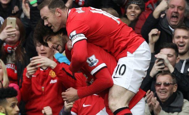 Wayne Rooneylla ja Marouane Fellainilla oli hauskaa Tottenhamia vastaan.