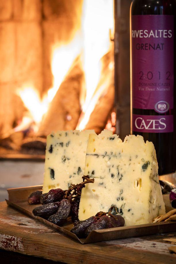Pimenevät ja kylmenevät illat ovat mitä parhainta aikaa juustoilla herkutteluun.