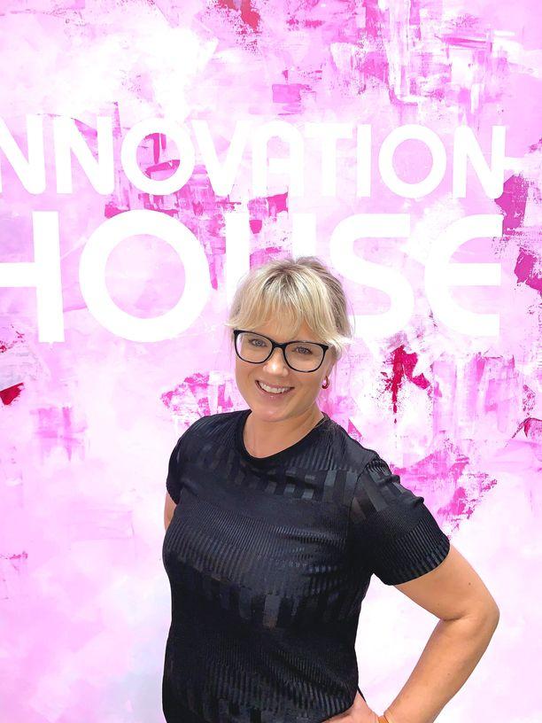 Innovation Housen Singaporen maajohtaja Viivi Avellán kertoo Singaporen koronatilanteesta Iltalehdelle.
