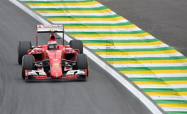 Kimi Räikkönen ajoi yksinäisen kisan São Paulossa.