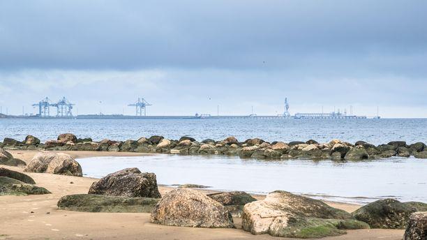 Rahtilaiva lähti Virosta Sillamäen satamasta keskiviikkoiltana.