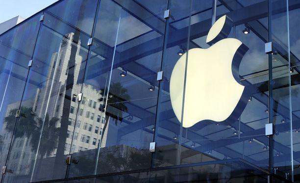Apple on haastanut entisen työntekijänsä oikeuteen salaisten tietojen varastamisesta.