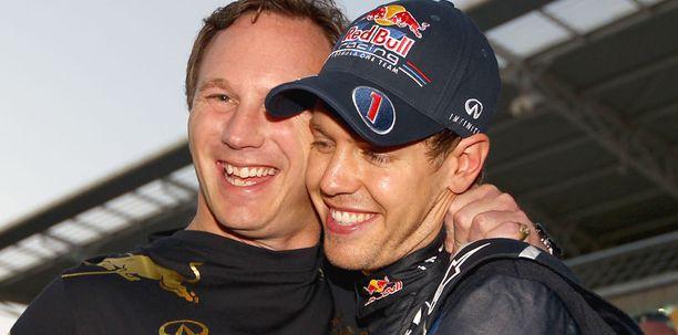 Red Bullin tallipäällikkö Christian Horner ja Sebastian Vettel olivat kisan jälkeen iloisella mielellä syystäkin.