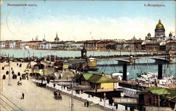 Sanottiin, että Pietarissa ei voinut olla niin viisas, ettei olisi tullut petetyksi, muttei toisaalta myöskään niin tyhmä, etteikö olisi löytänyt vielä tyhmempää petettäväksi. Kuva vuodelta 1914.